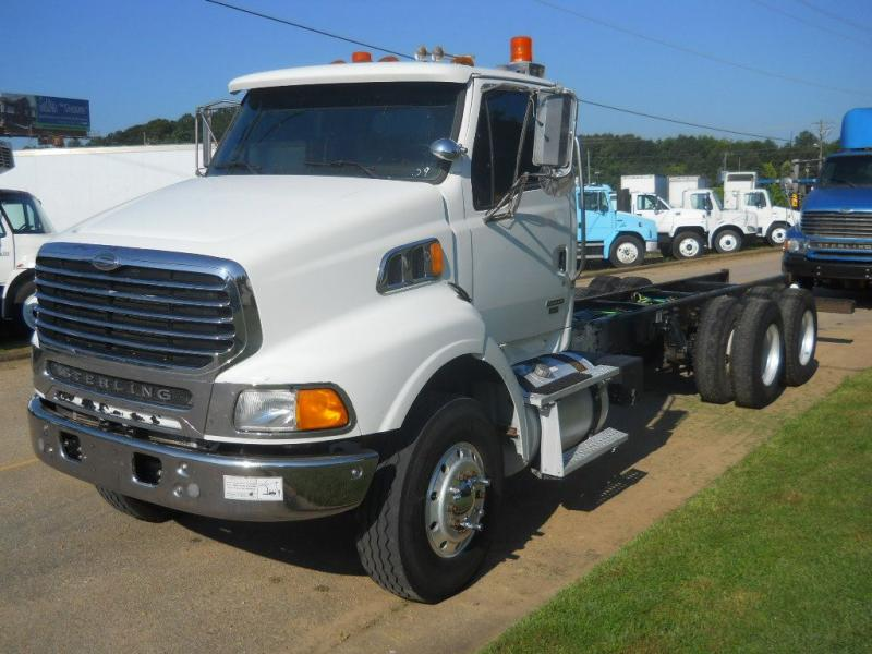 2009 Sterling AT9500 1