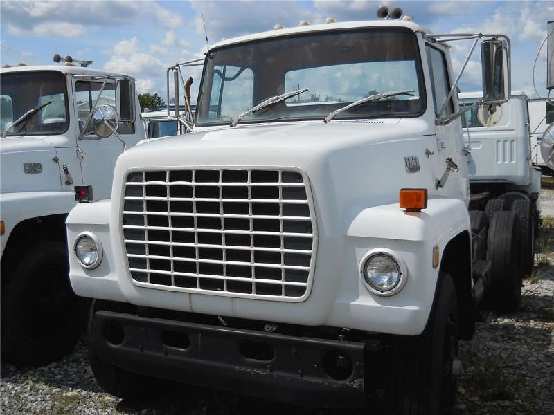 1984 Ford L9000 3
