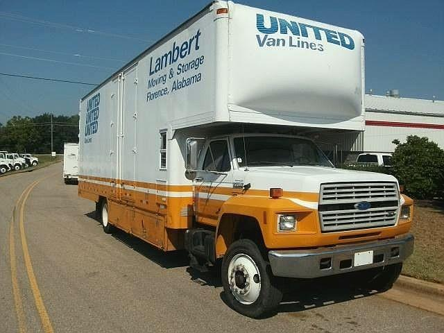 1993 Ford F700 2