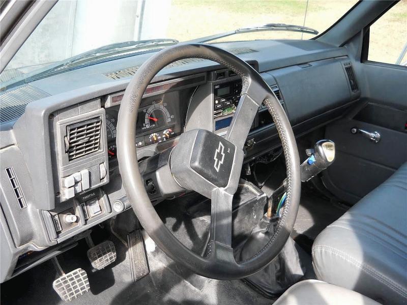 2000 Chevrolet KODIAK C8500 6