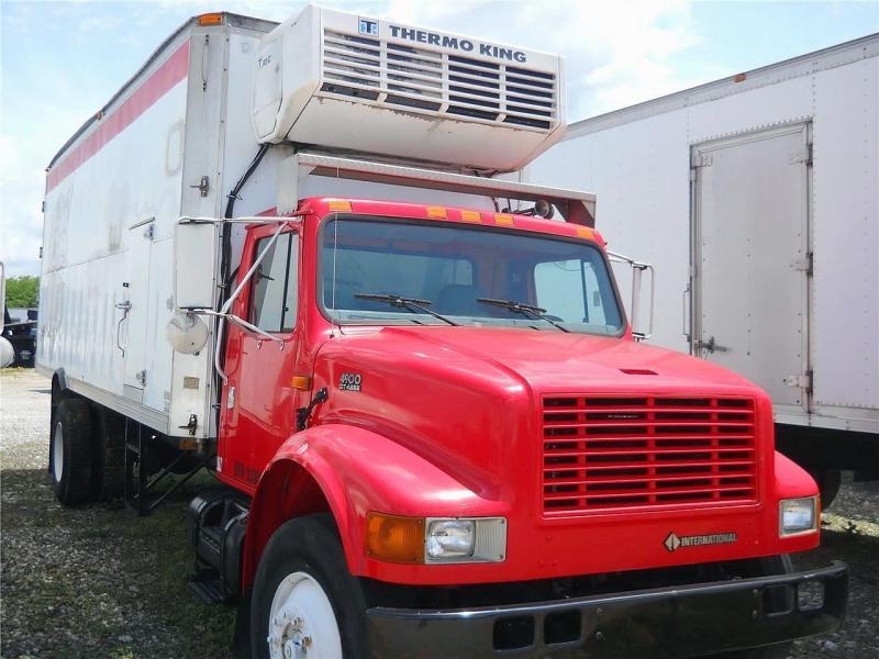 2001 International 4900 3