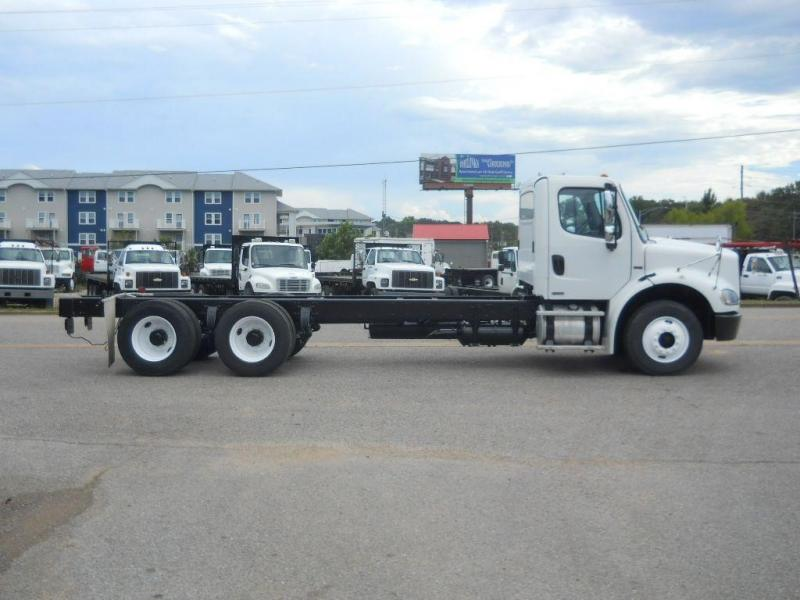 2008 Freightliner BUSINESS CLASS M2 112 16