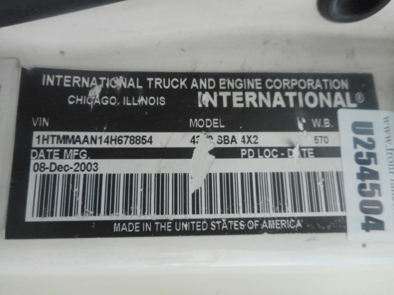 2004 International 4300 5