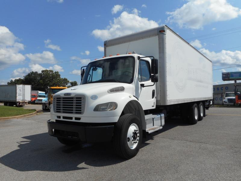 2009 Freightliner BUSINESS CLASS M2 106 14