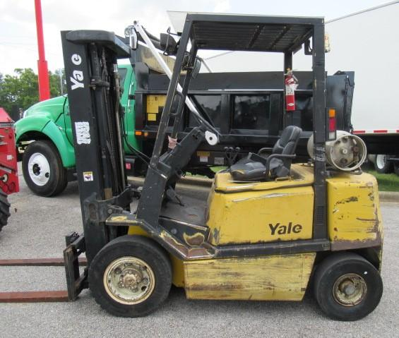 2002 Yale GLP050 2