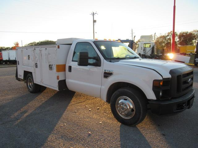 2008 Ford F350 2