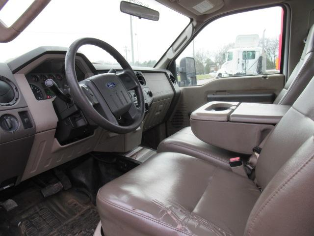2008 Ford F450 9