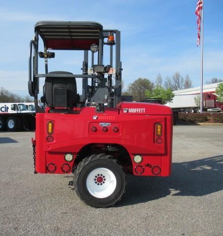2006 Moffett M55.4 9