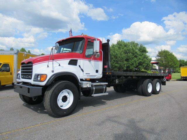 2007 Mack CV713 1