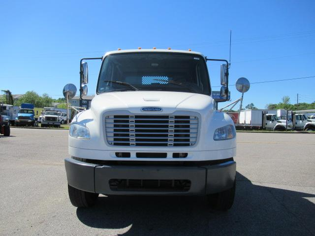 2012 Freightliner BUSINESS CLASS M2 106 3