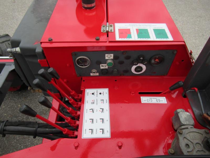 2006 Moffett M5500 12