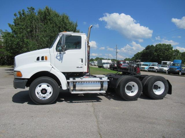 2006 Sterling AT9500 1