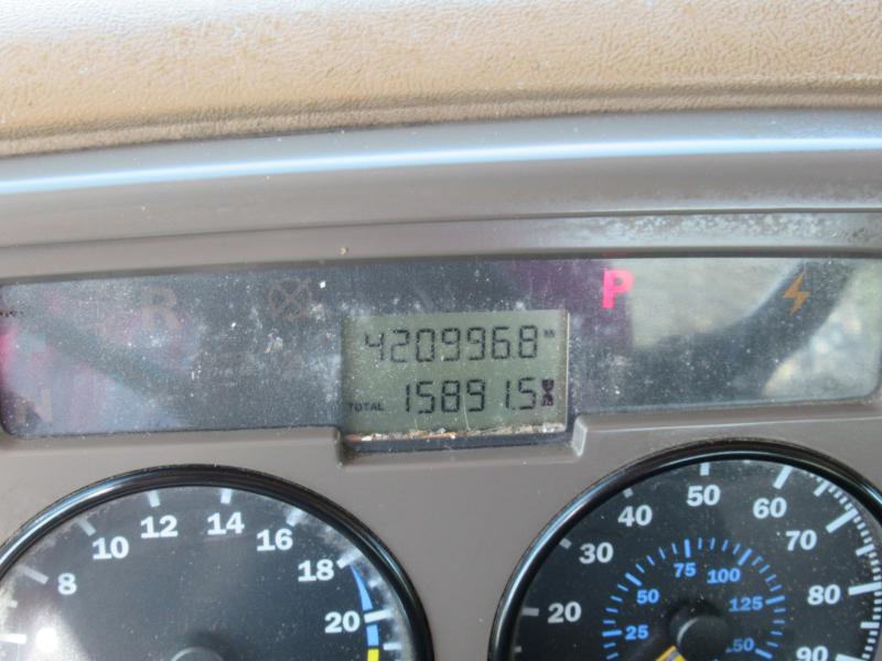 2007 Mack CV713 9