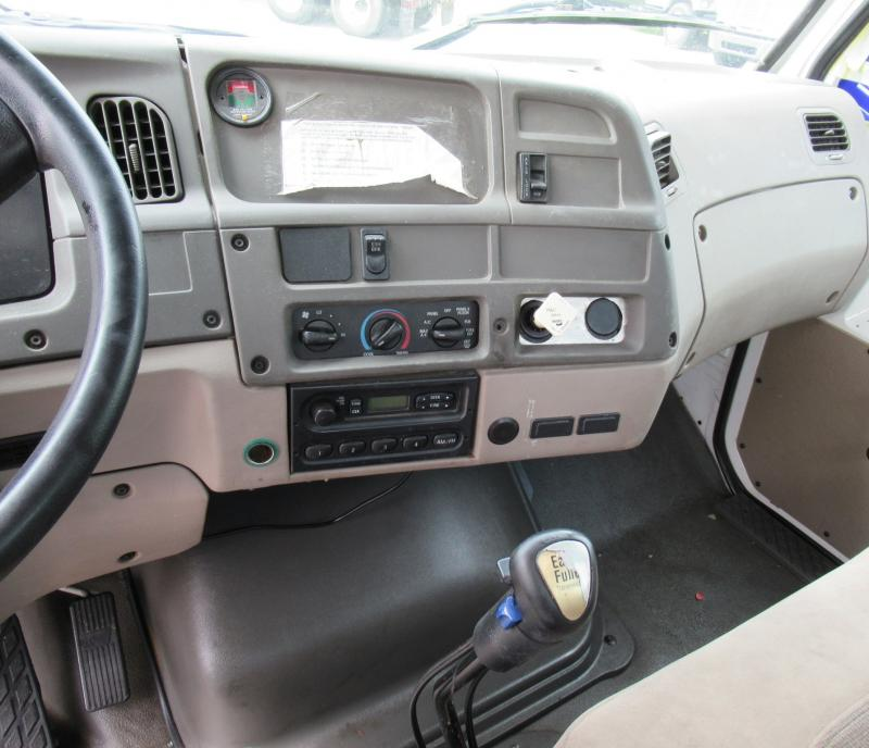 2004 Sterling LT7500 11