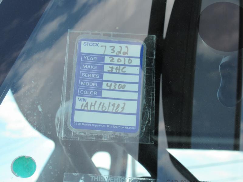 2010 International 4300 17