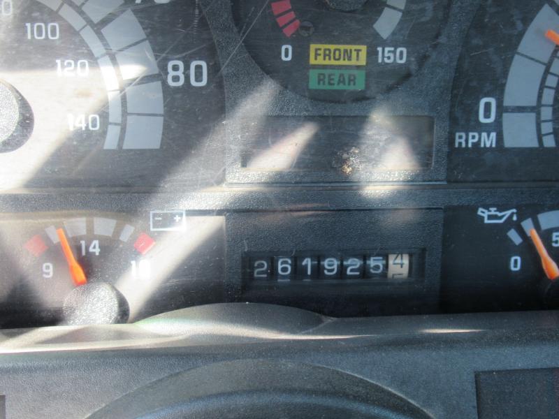 2002 Chevrolet KODIAK C8500 11