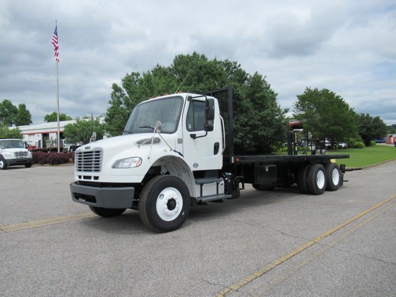 2011 Kenworth T300 1