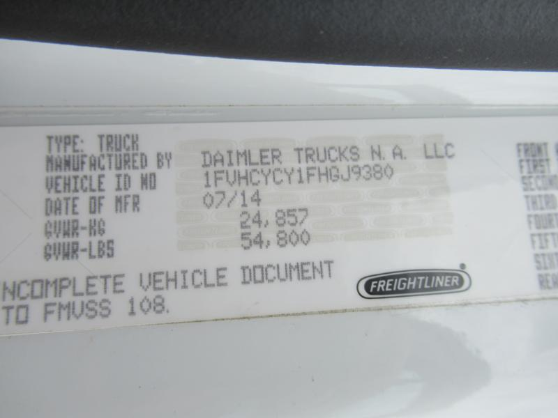 2015 Freightliner BUSINESS CLASS M2 106 12
