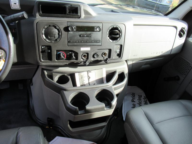 2016 Ford E350 17