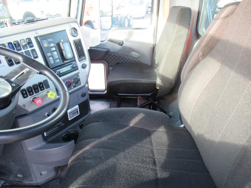 2012 Mack CXU613 11