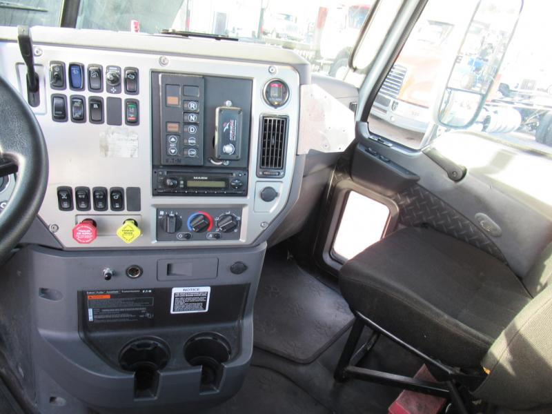 2012 Mack CXU613 12