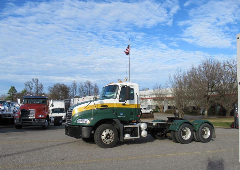 2012 Mack CXU613 3
