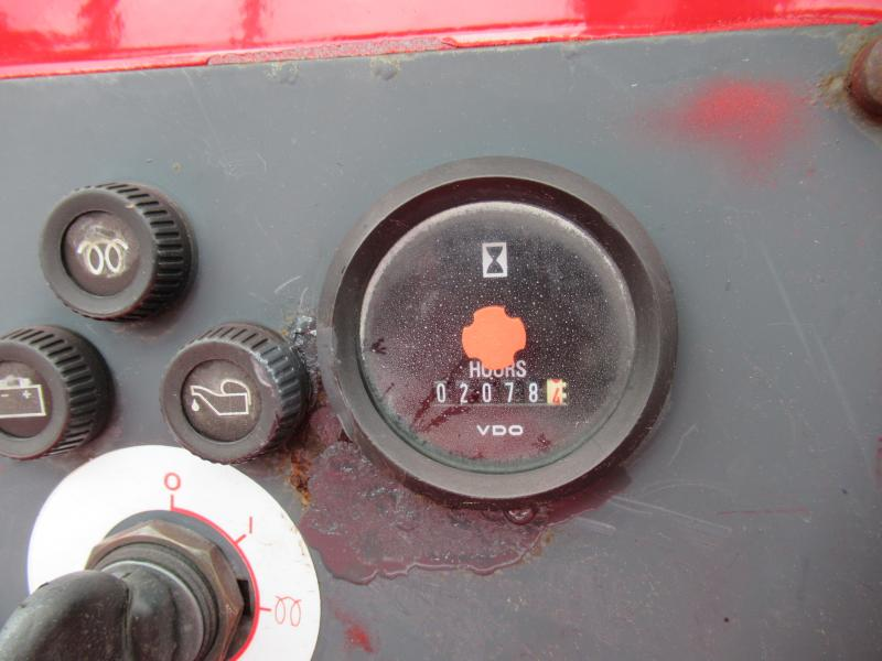 2005 Moffett M5500 N 4W 15