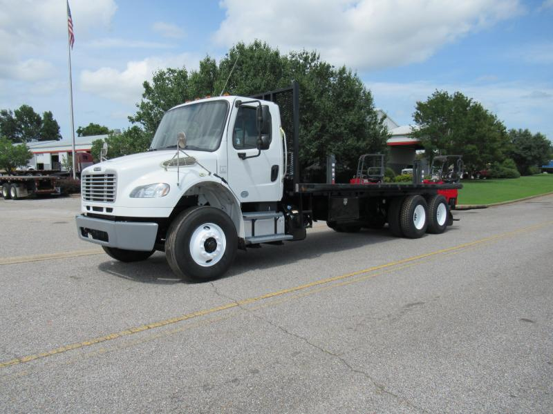 2014 Freightliner BUSINESS CLASS M2 106 1