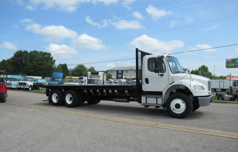 2014 Freightliner BUSINESS CLASS M2 106 9