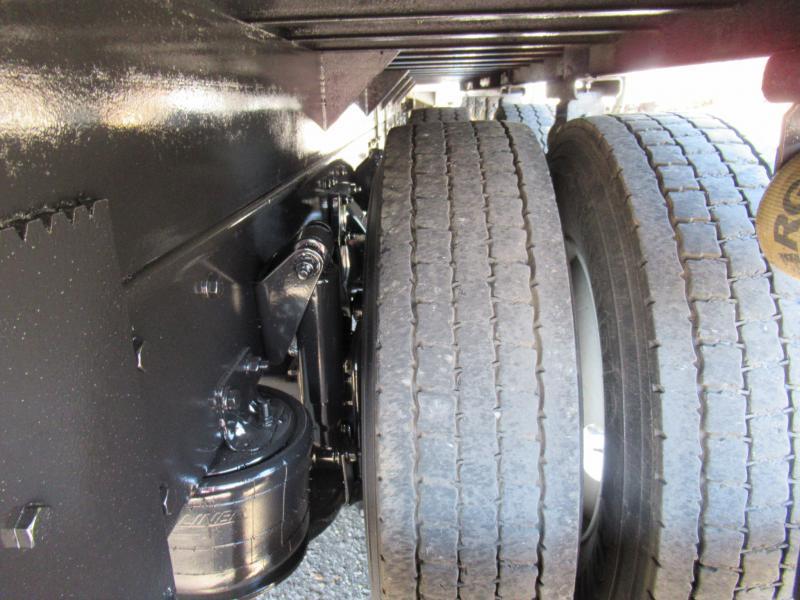2014 Freightliner BUSINESS CLASS M2 106 15