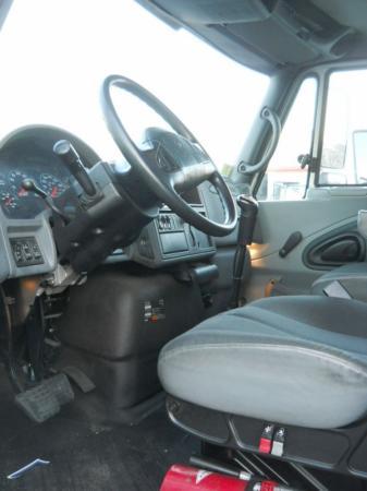 2007 International 4400 9