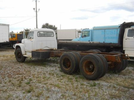 1970 International 1800 3