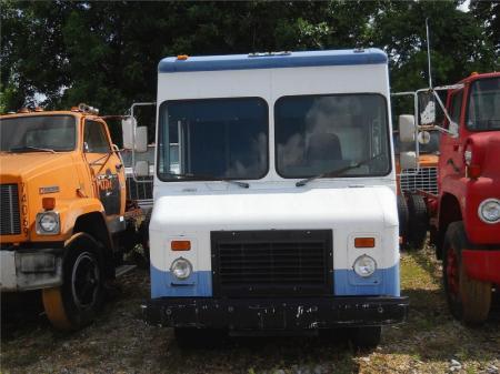 1997 Chevrolet 60 2