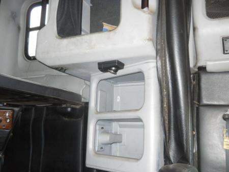 1998 Freightliner FLD12042T 21