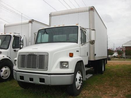 2000 Freightliner FL50 1