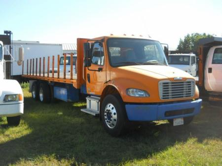 2006 Freightliner BUSINESS CLASS M2 106