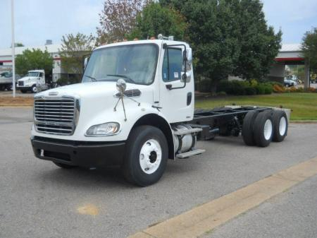 2008 Freightliner BUSINESS CLASS M2 112 1