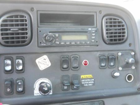 2008 Freightliner BUSINESS CLASS M2 112 5