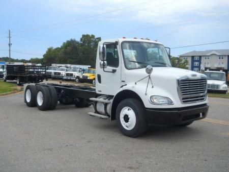 2008 Freightliner BUSINESS CLASS M2 112 17