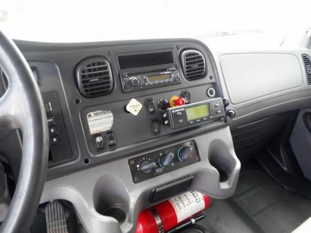 2011 Freightliner BUSINESS CLASS M2 106 7