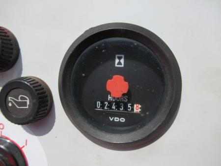 2002 Moffett M5500 6