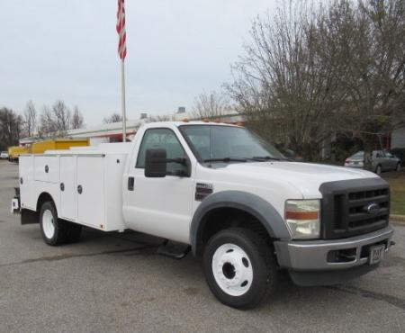 2008 Ford F450 1