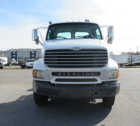 2004 Sterling AT9500 3