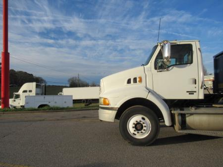 2007 Sterling AT9500 7