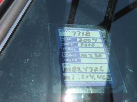 2004 Peterbilt 330 15