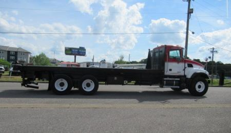 2007 Mack CV713 6