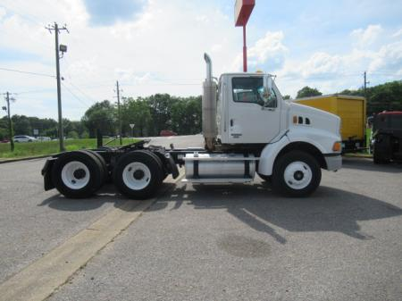 2007 Sterling AT9500 1