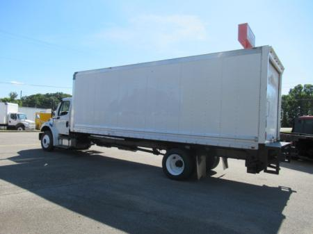 2011 Freightliner BUSINESS CLASS M2 106 3