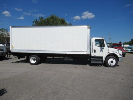 2011 Freightliner BUSINESS CLASS M2 106 5