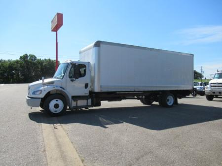 2011 Freightliner BUSINESS CLASS M2 106 1